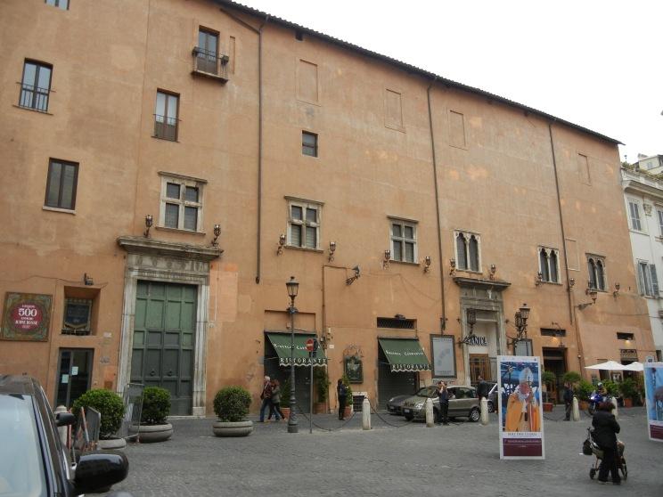 Rom 2011 640